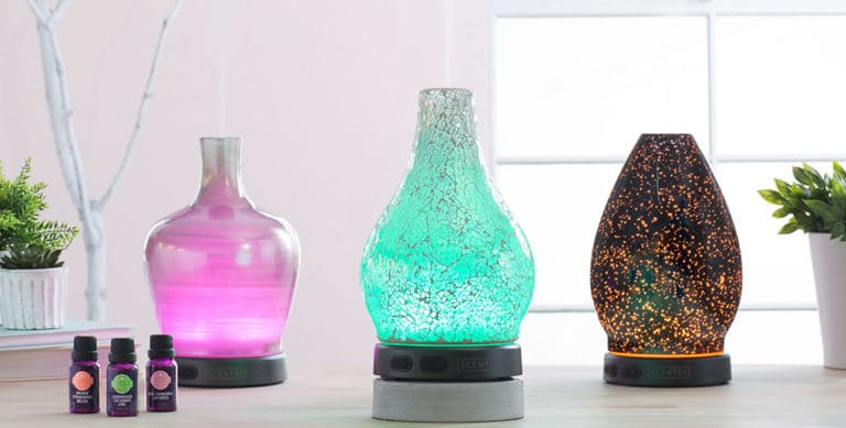 Buy a Scentsy Diffuser In February, Get Three FREE Scentsy Oils!