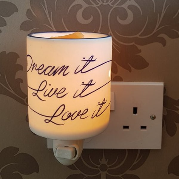 Dream It Live It Love It Plug In Mini Warmer The