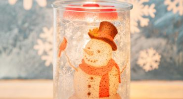 Scentsy Frosted Snowman Warmer