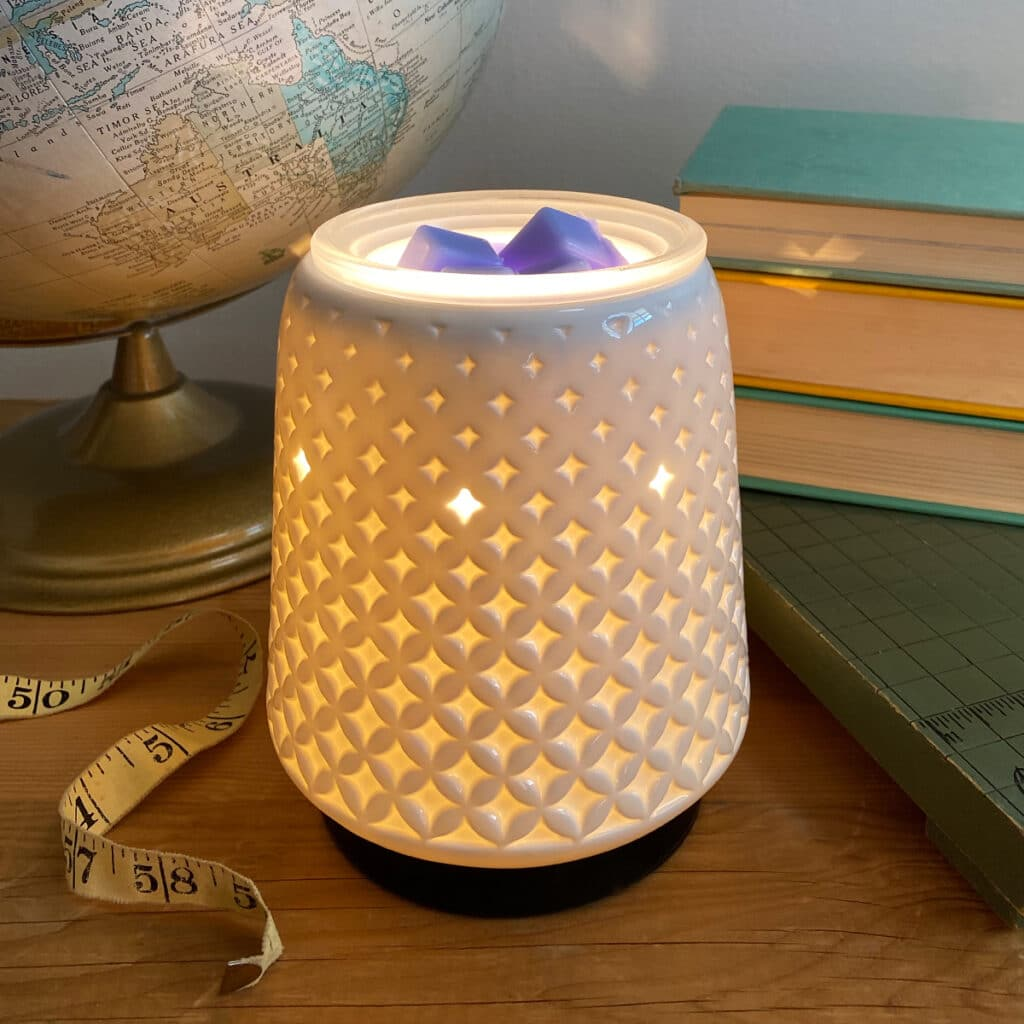 Poised Scentsy UK Warmer