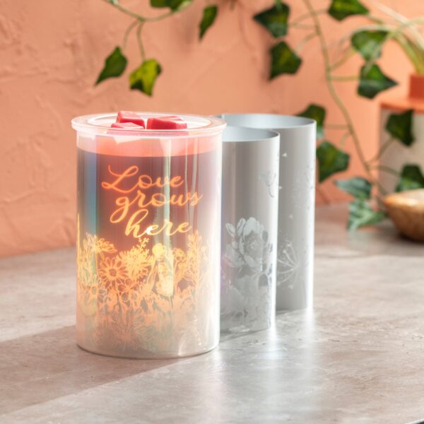 Cast – Pink Scentsy Warmer with Spring Pack
