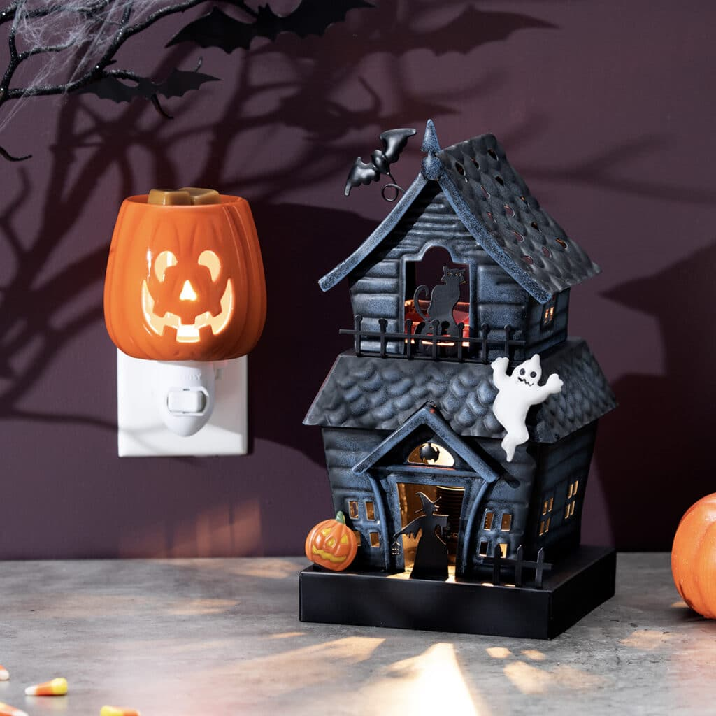 Haunting Good Time Scentsy Warmer with Cut It Out Plugin