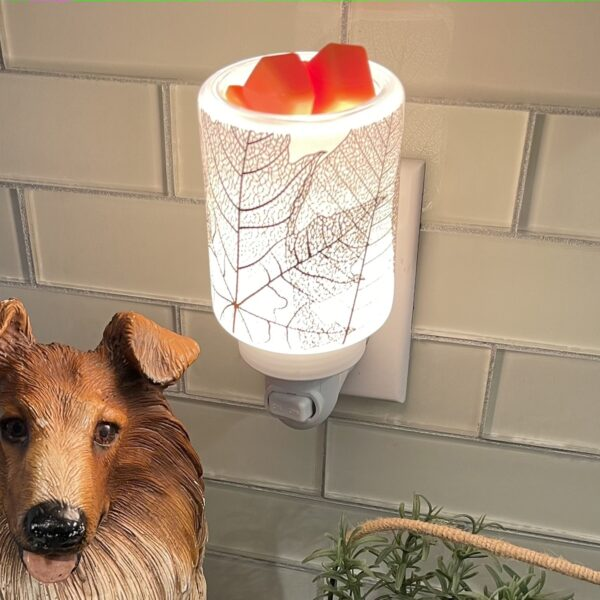 Gilded Leaves Scentsy Plugin Mini Warmer Styled