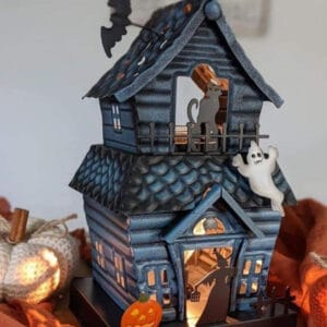 Haunting Good Time Scentsy Warmer Close Up